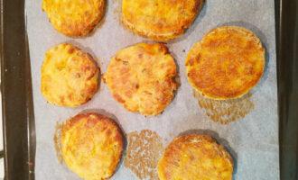 выпекаем сырники в духовке